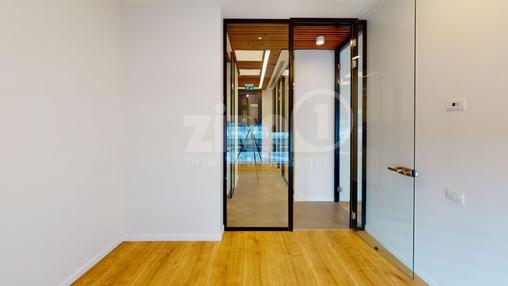 משרד בבניין מרכז עזריאלי חולון - בניין C | קומה 7 | שטח nullמ״ר  | תמונה #22 - 1