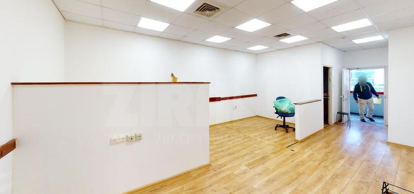 משרד בבניין בית קורקס  | קומה 2 | שטח 111מ״ר  | תמונה #0 - 1