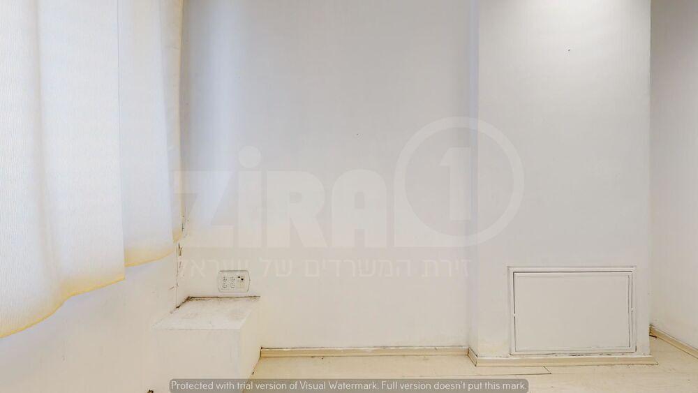 משרד בבניין בית קורקס  | קומה 4 | שטח 10מ״ר  | תמונה #0 - 1