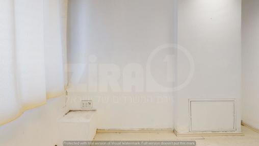משרד בבניין בית קורקס  | קומה 4 | שטח 10מ״ר  | תמונה #10 - 1