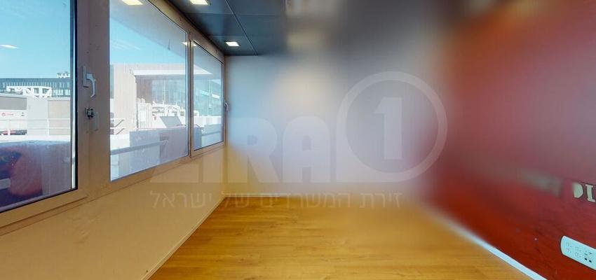 משרד בבניין בית קורקס  | קומה 4 | שטח 30מ״ר  | תמונה #0 - 1