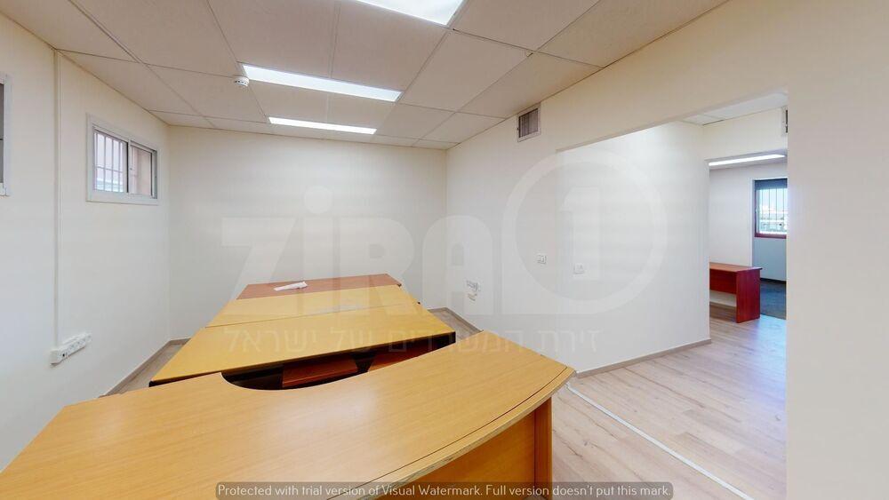 משרד בבניין בית קורקס    קומה 5   שטח 85מ״ר    תמונה #0 - 1