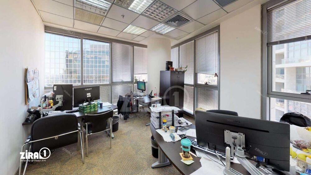 משרד בבניין בית איילון ביטוח   קומה 19   שטח 475מ״ר    תמונה #0 - 1