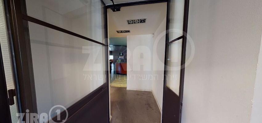 משרד בבניין בית פנינת הסיטי   קומה 1   שטח 80מ״ר    תמונה #0 - 1
