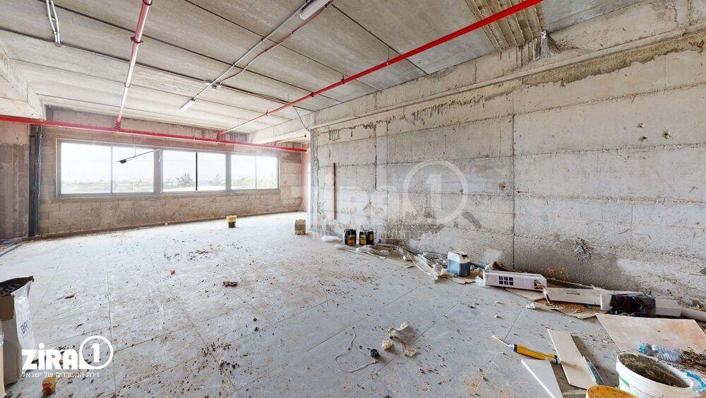 משרד בבניין היצול 14 | קומה: 2 | שטח 120 תמונה | מ׳׳ר #0 - 1