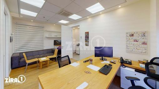 משרד בבניין בניין בלורי | קומה 2 | שטח 111מ״ר  | תמונה #9 - 1