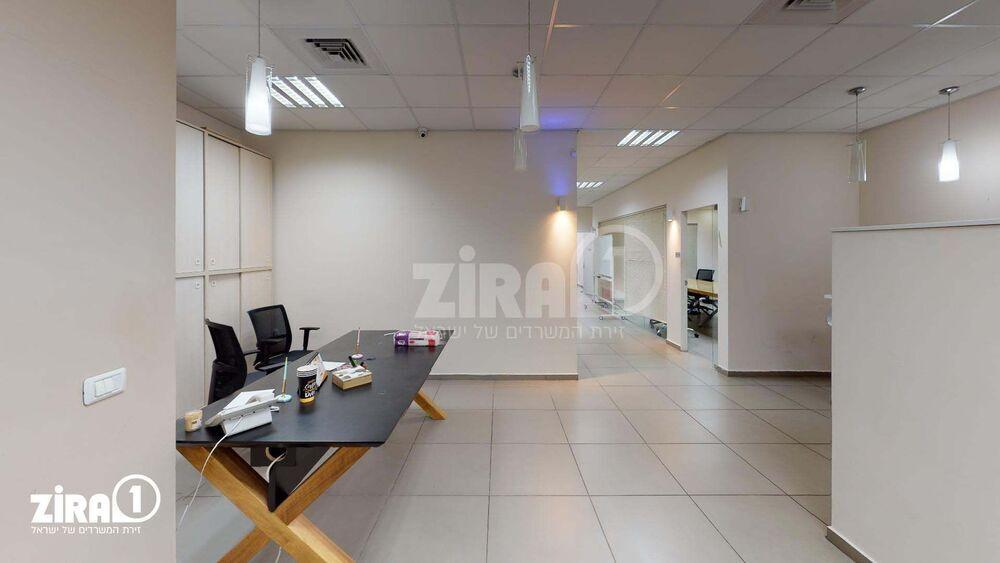 משרד בבניין בית עמיסל | קומה 2 | שטח 160מ״ר  | תמונה #0 - 1
