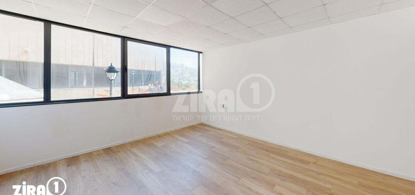 משרד בבניין בית אמיר    קומה 2   שטח 30מ״ר    תמונה #0 - 1