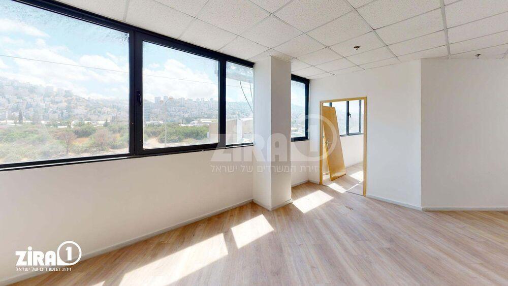 משרד בבניין בית אמיר  | קומה 2 | שטח 65מ״ר  | תמונה #0 - 1