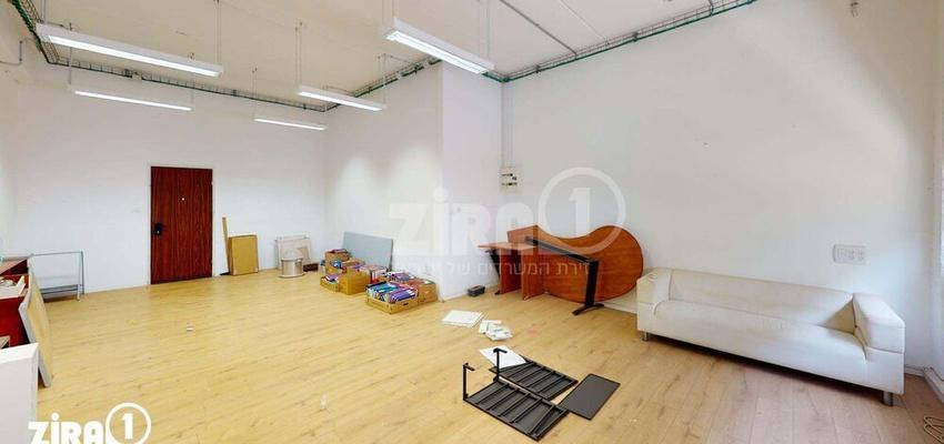 משרד בבניין בית מטלון   קומה 2   שטח 60מ״ר    תמונה #0 - 1