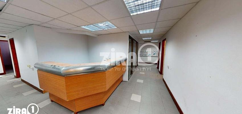 משרד בבניין בית הלמן  | קומה 2 | שטח 360מ״ר  | תמונה #0 - 1