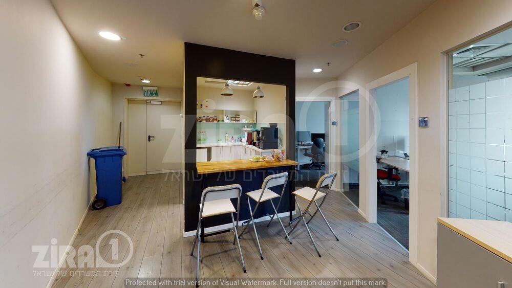 משרד בבניין מגדלי פז- 2 | קומה 14 | שטח 1028מ״ר  | תמונה #0 - 1