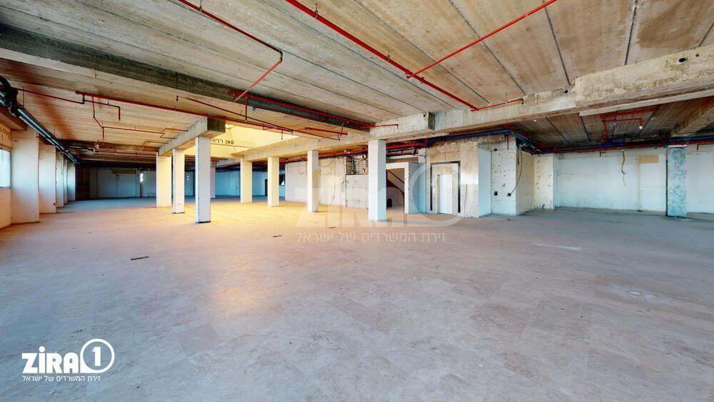 משרד בבניין בית שרון | קומה 2 | שטח 2200מ״ר  | תמונה #0 - 1