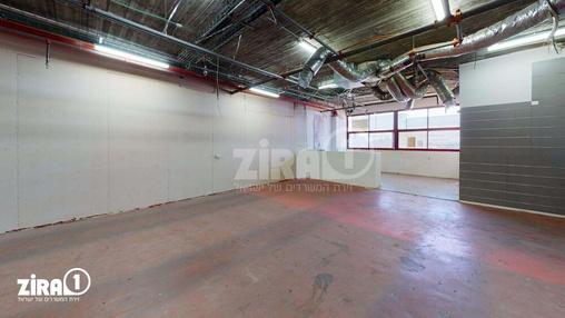 משרד בבניין דרייב אין סנטר    קומה 2   שטח 490מ״ר    תמונה #4 - 1