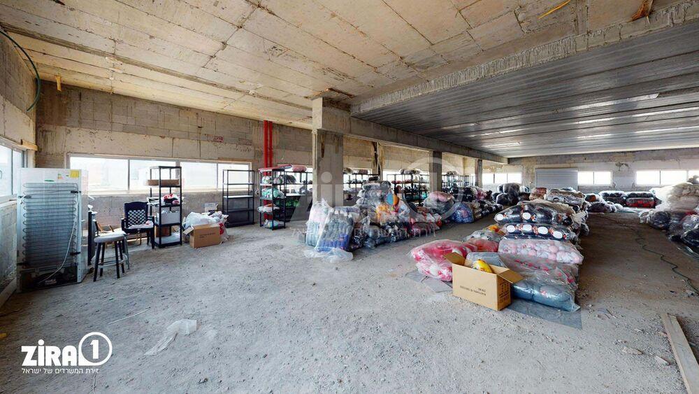 משרד בבניין בית סוסטיאל   קומה: 2   שטח 498 תמונה   מ׳׳ר #3 - 1