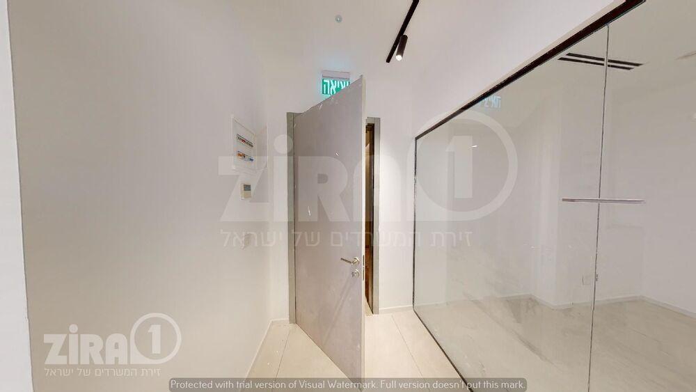 משרד בבניין מגדל הורוביץ -רחובות   קומה 4   שטח 131מ״ר    תמונה #0 - 1