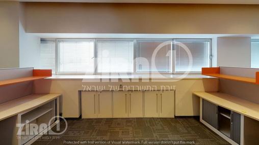 משרד בבניין בית מוטורולה | קומה 4 | שטח 1785מ״ר  | תמונה #4 - 1