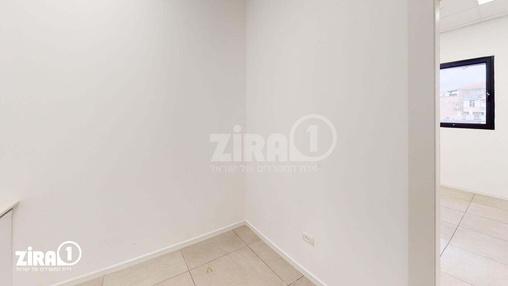 משרד בבניין בניין קורן 2 | קומה 4 | שטח 31מ״ר  | תמונה #18 - 1