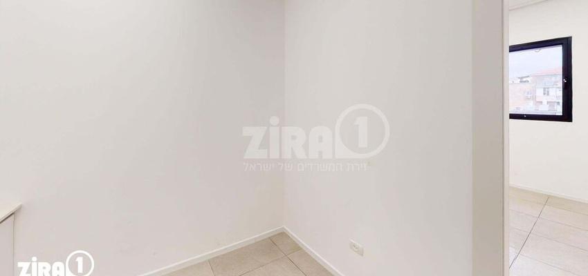 משרד בבניין בניין קורן 2 | קומה 4 | שטח 31מ״ר  | תמונה #0 - 1