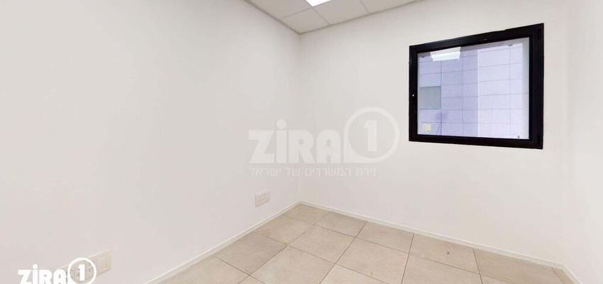 משרד בבניין בניין קורן 2   קומה 4   שטח 33מ״ר    תמונה #0 - 1