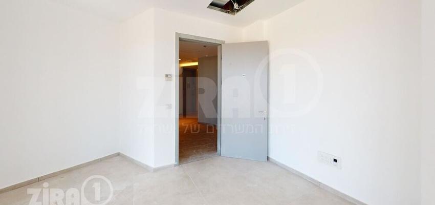 משרד בבניין מגדל הורוביץ -רחובות | קומה 5 | שטח 64מ״ר  | תמונה #0 - 1