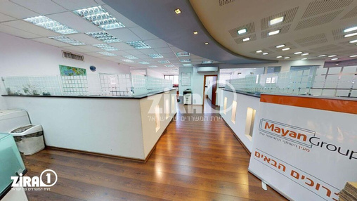 משרד בבניין בית הבונים  | קומה 5 | שטח 800מ״ר  | תמונה #12 - 1