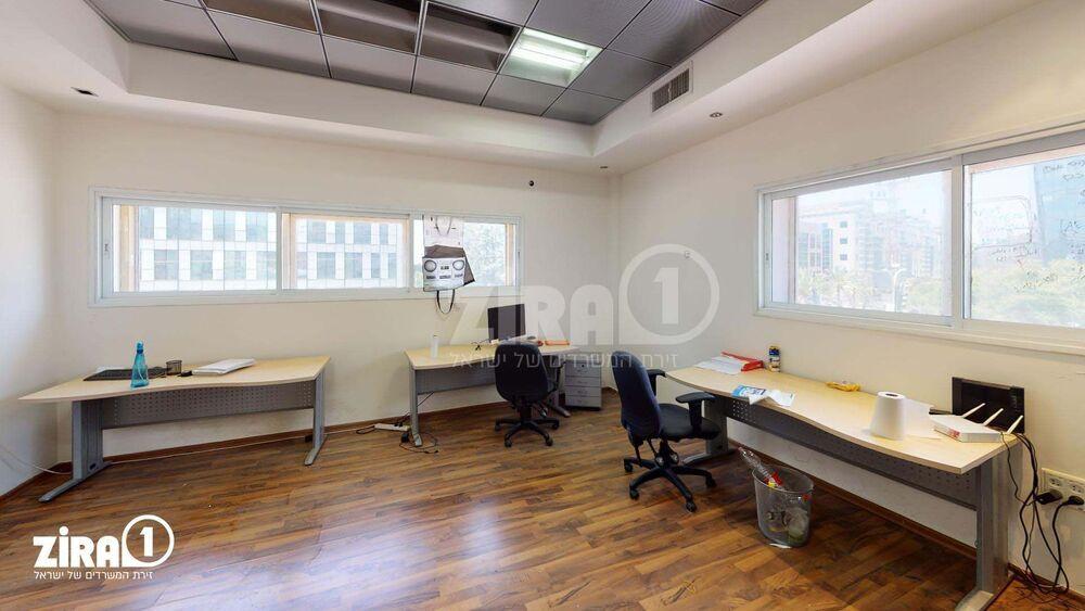 משרד בבניין בית קובי | קומה 2 | שטח 50מ״ר  | תמונה #0 - 1