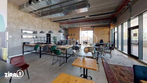 משרד בבניין בניין האנגר | קומה 2 | שטח 210מ״ר  | תמונה #20 - 1