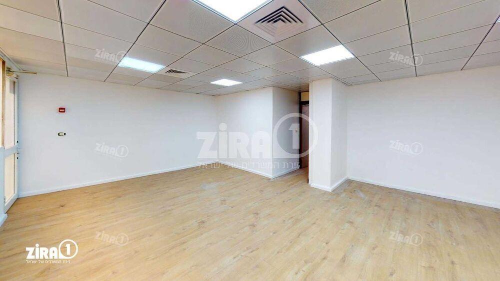משרד בבניין בית קליפורניה  | קומה 2 | שטח 80מ״ר  | תמונה #0 - 1