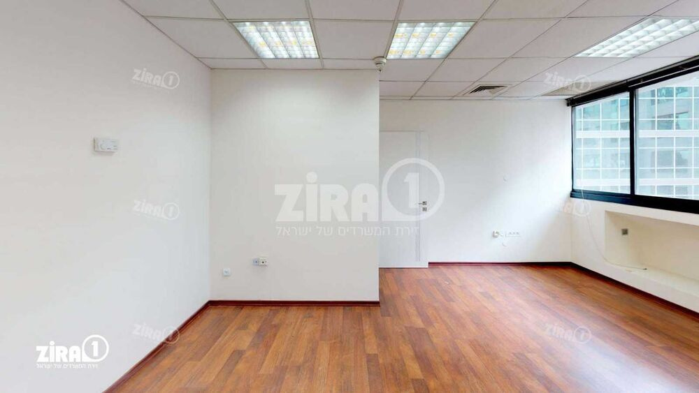 משרד בבניין בית אמנת   קומה 2   שטח 96מ״ר    תמונה #0 - 1