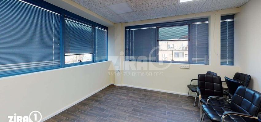 משרד בבניין פנינת הנשיא 21 | קומה 3 | שטח 130מ״ר  | תמונה #0 - 1