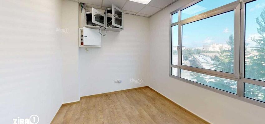 משרד בבניין בית אולימפיה   קומה 2   שטח 106מ״ר    תמונה #0 - 1