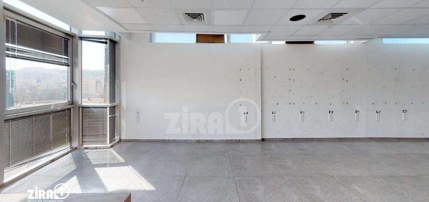 משרד בבניין בית הדרים   קומה 3   שטח 236מ״ר    תמונה #0 - 1