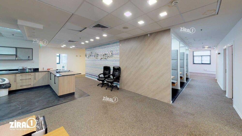 משרד בבניין מגדלי הסיבים - בניין C | קומה 4 | שטח 356מ״ר  | תמונה #0 - 1