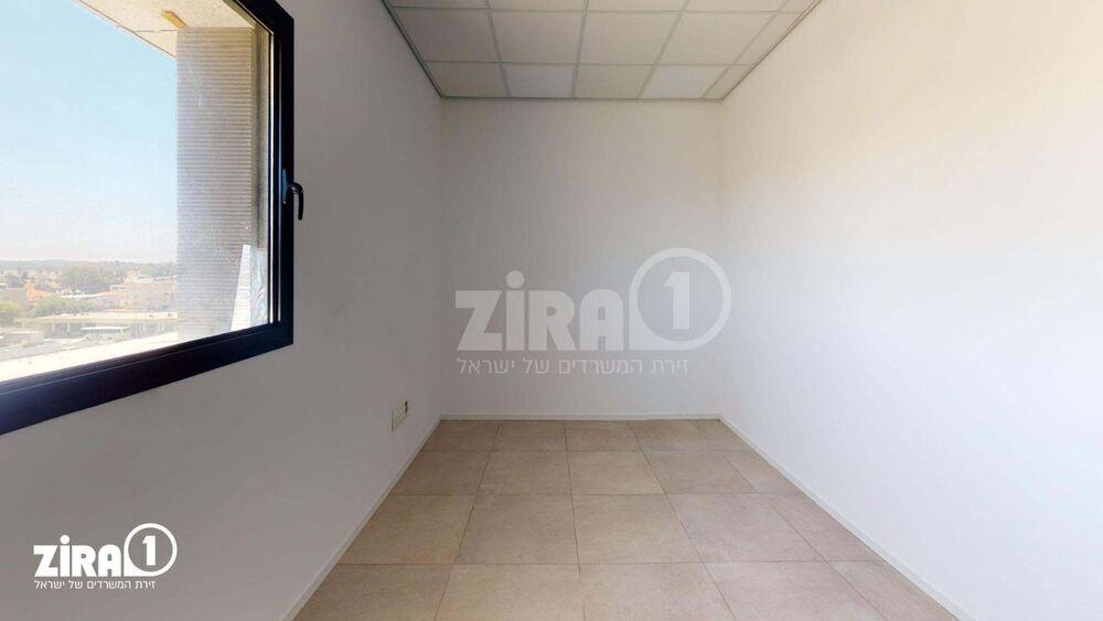משרד בבניין בניין קורן 2 | קומה: 4 | שטח 50 תמונה | מ׳׳ר #4 - 1