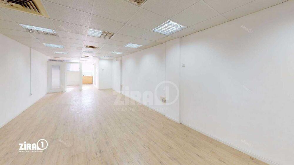 משרד בבניין בית טירן | קומה 1 | שטח 80מ״ר  | תמונה #0 - 1