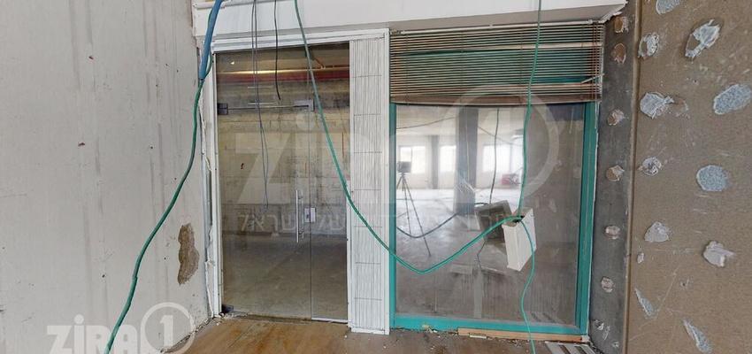 משרד בבניין בית הטורקיז   קומה 2   שטח 1300מ״ר    תמונה #0 - 1