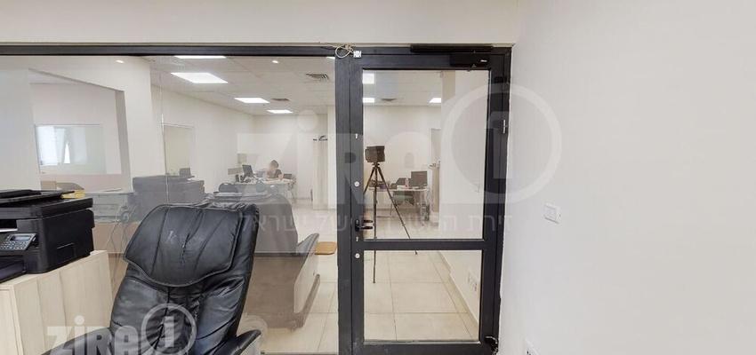 משרד בבניין בית הטורקיז   קומה 5   שטח 100מ״ר    תמונה #0 - 1