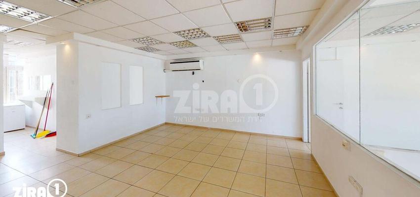 משרד בבניין יצחק שדה 34 | קומה 4 | שטח 100מ״ר  | תמונה #0 - 1
