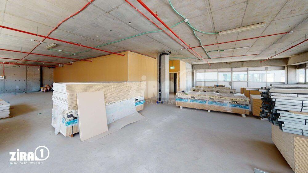 משרד בבניין בניין רם | קומה 1 | שטח 350מ״ר  | תמונה #0 - 1
