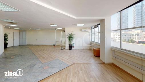 משרד בבניין יצחק שדה 36  | קומה 4 | שטח 145מ״ר  | תמונה #12 - 1