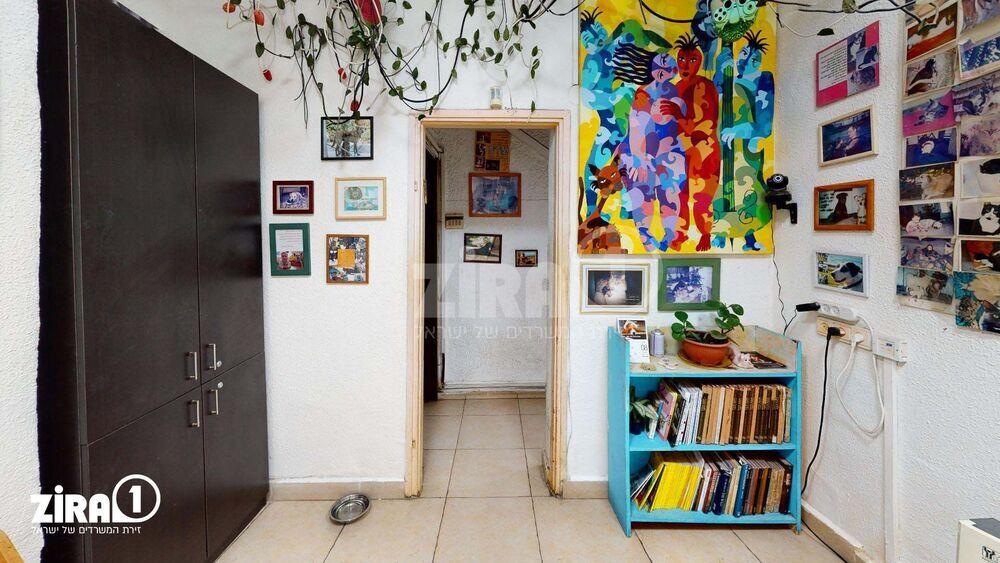 משרד בבניין ריינס 37 | קומה: 0 | שטח 80 תמונה | מ׳׳ר #1 - 1