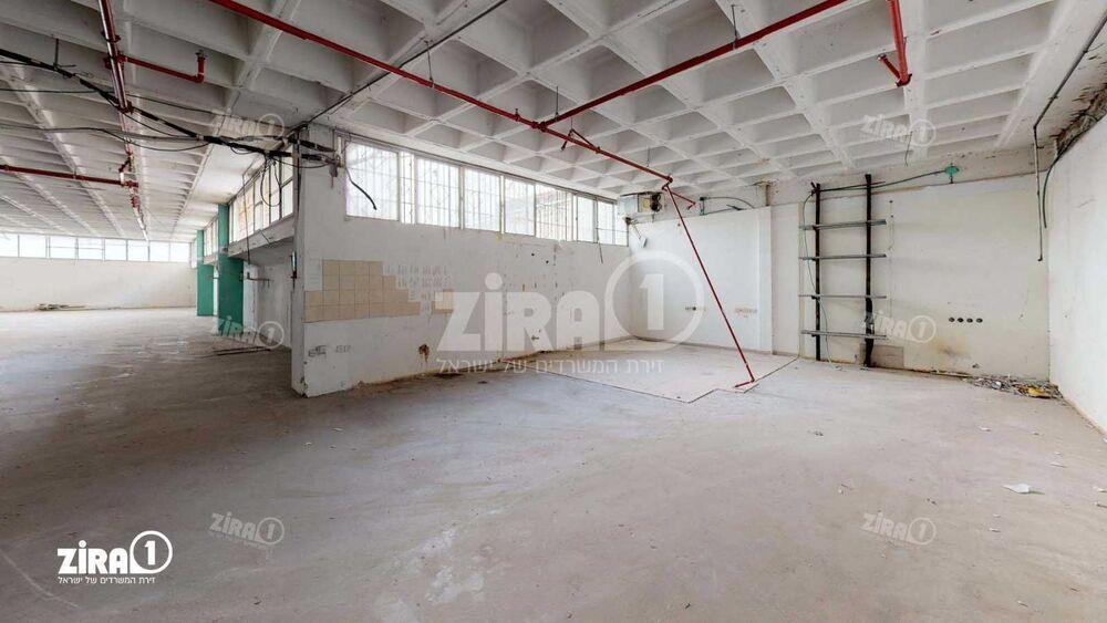 משרד בבניין בניין אדגר  | קומה: 0 | שטח 870 תמונה | מ׳׳ר #9 - 1