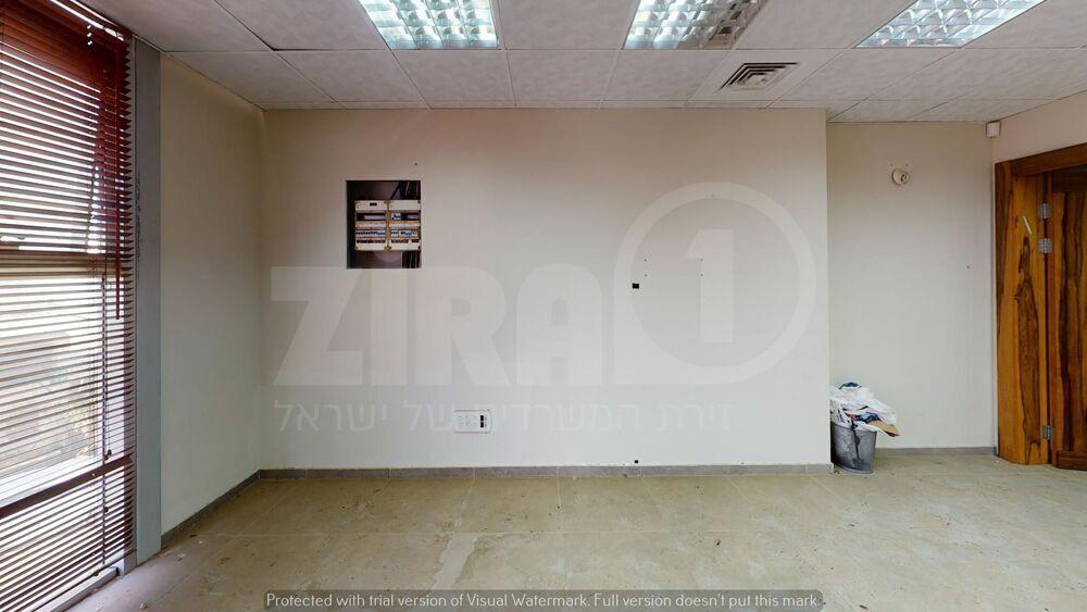 משרד בבניין העמל 38 רעננה | קומה 2 | שטח 106מ״ר  | תמונה #0 - 1