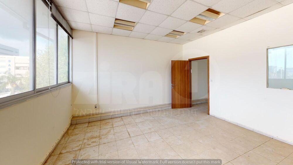 משרד בבניין העמל 38 רעננה | קומה 3 | שטח 106מ״ר  | תמונה #0 - 1