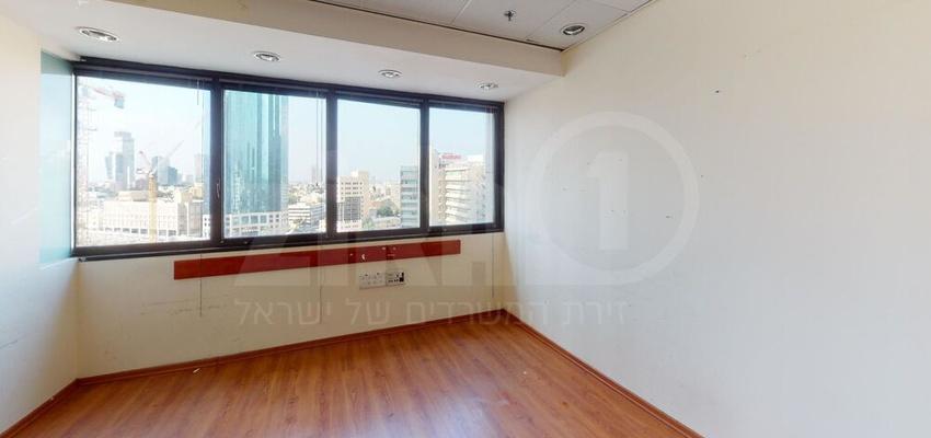 משרד בבניין מגדל נצבא    קומה 12   שטח 250מ״ר    תמונה #0 - 1