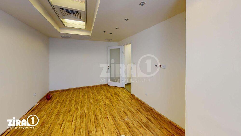 משרד בבניין בית הדר דפנה | קומה 1 | שטח 212מ״ר  | תמונה #0 - 1