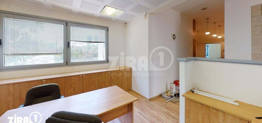 משרד בבניין בית ג.י.ע. | קומה 3 | שטח 100מ״ר  | תמונה #0 - 1