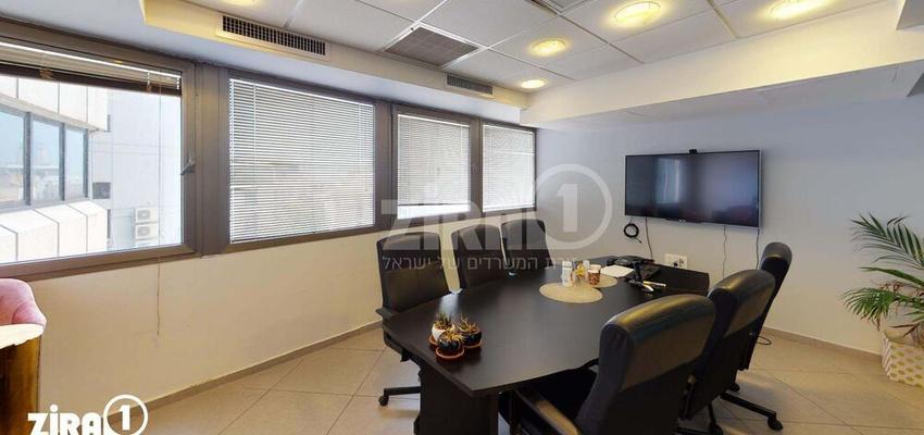 משרד בבניין מונטיפיורי 39 | קומה 3 | שטח 210מ״ר  | תמונה #0 - 1