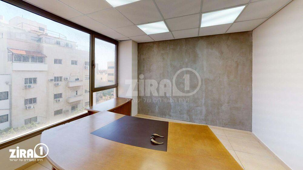 משרד בבניין שדרות המגינים 39   קומה 5   שטח 180מ״ר    תמונה #0 - 1